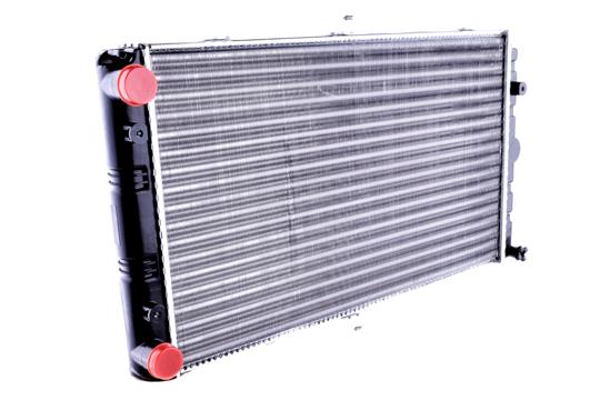 Радиатор охлаждения ВАЗ 2170-2172 «Приора», 2110-2112 1,6 16V AURORA